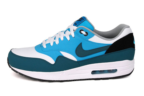 Nike Air Max 1 Essential – White & Night Factor & Vivid Blue