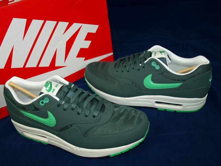 Nike Air Max 1 Premium Vintage Green & Gamma Green & Black