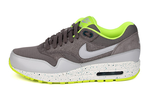 Nike Air Max 1 – Canyon Grey & Dusty Grey & Volt