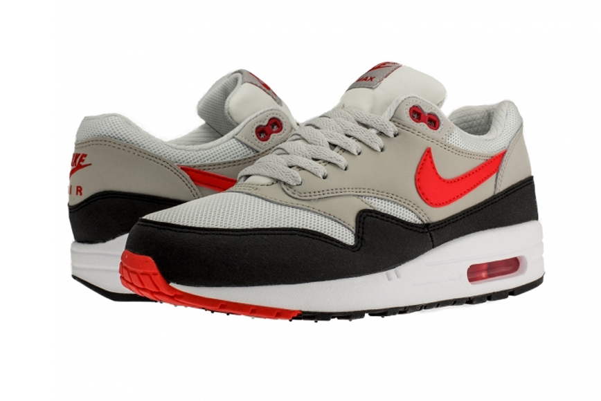 Chilling Nike Max Essential Air 1 Red TFcJlK1u35