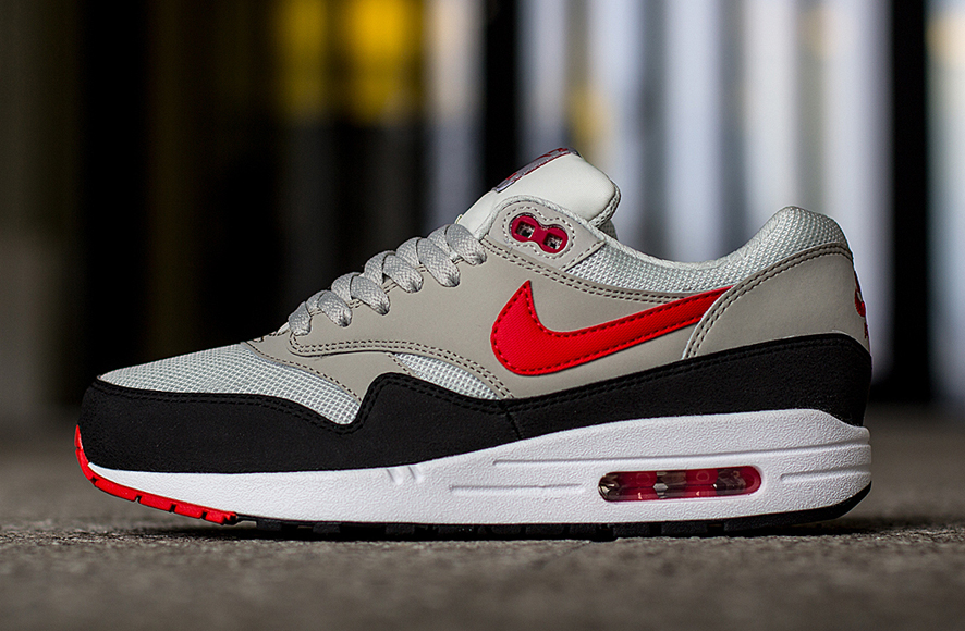 470cf17b73b6 We always notice how timeless the shoes from the Nike Air Max 1 Essential  collection are. Most of the time they are working with basic colours and one  or ...