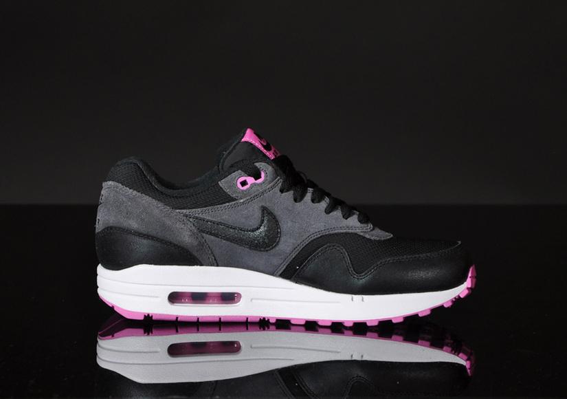 Nike Air Max 1 Essential Club Pink & Anthracite Black