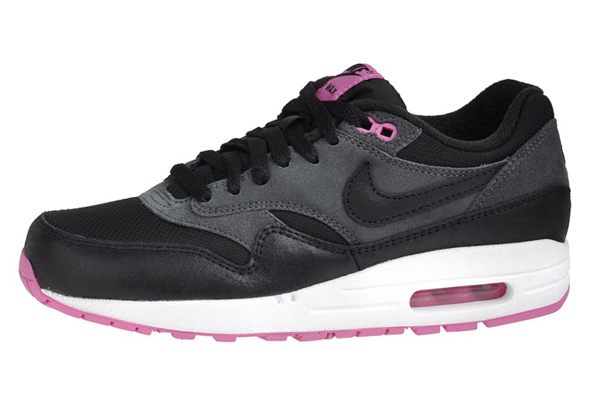Nike Air Max 1 Essential – Anthracite Black & Club Pink