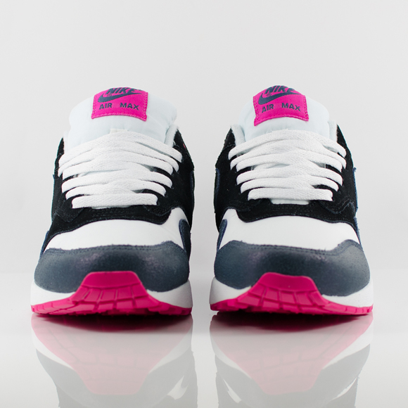 Nike Air Max 1 Essential Armoury Blue Amp Navy Pink