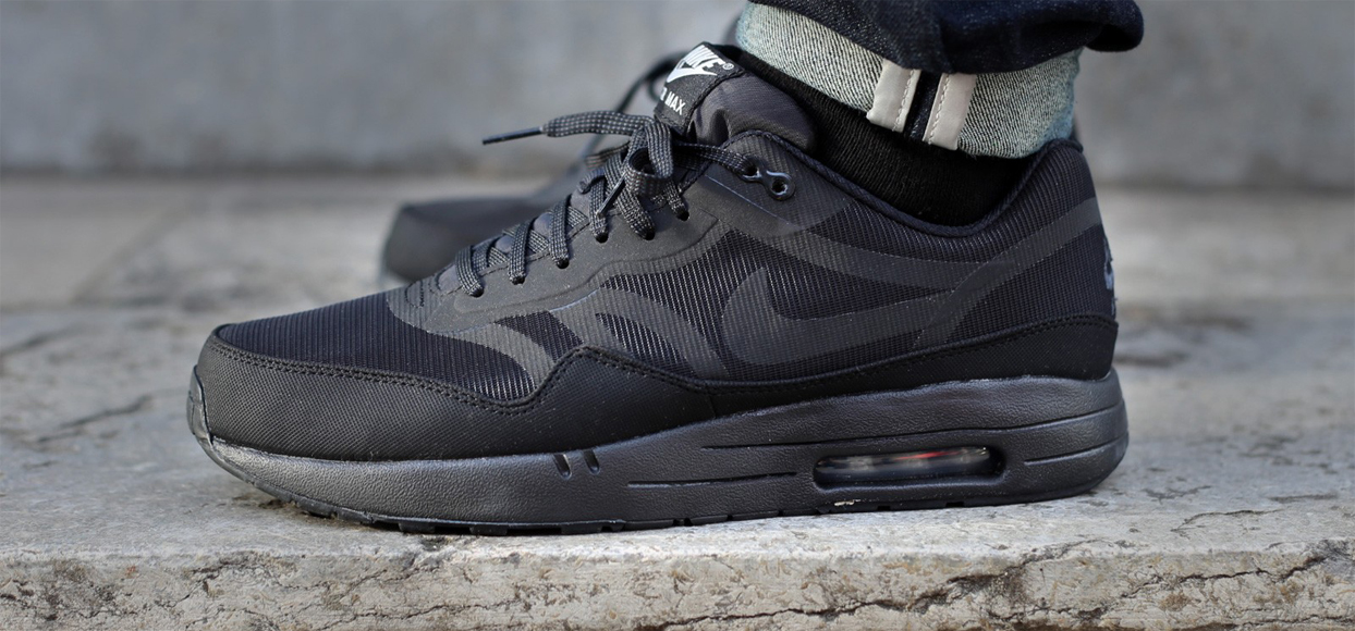 nike air max 1 prm tape reflective pack all black