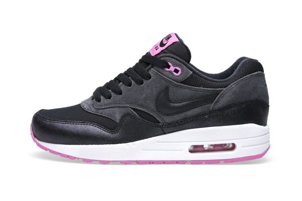 Nike Air Max 1 Essential – Anthracite Black & Red Violet