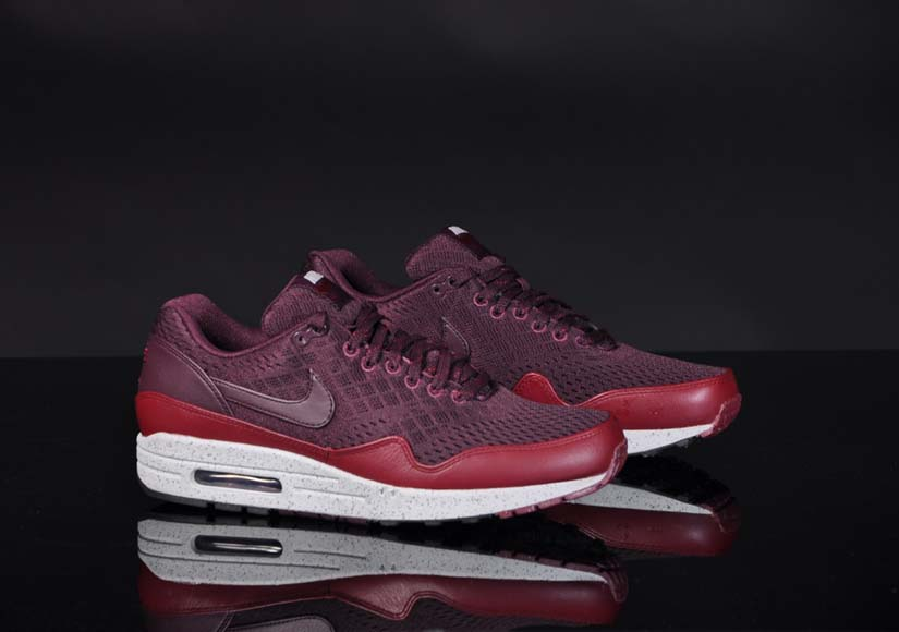 newest 2a2d3 b23cd The newest release of Nike Air Max 1 is also a new collection inside the Nike  Air Max 1 collection. It s called the Nike Air Max 1 EM.