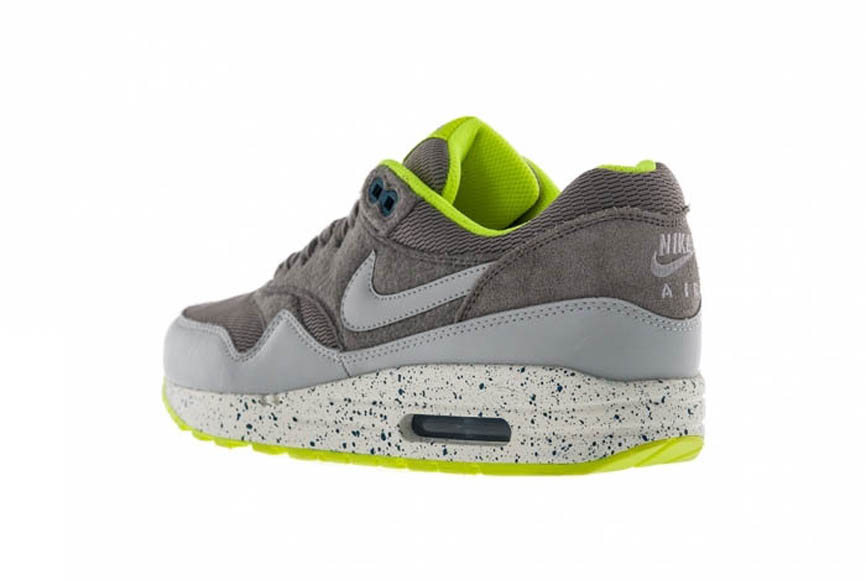 100% authentic 0bf74 e6445 ... promo code for nike air max 1 l dusty green grey black b7842 c7eb0