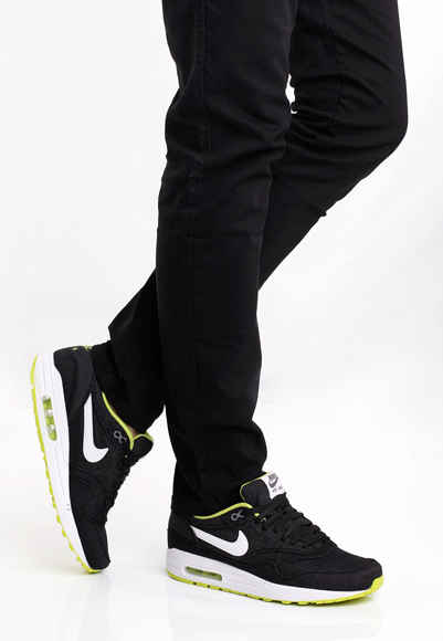 super popular ab305 f03cd Nike Air Max 1 – White Cyber   Black . ...