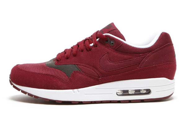 Nike Air Max 1 – Velvet Brown & Team Red